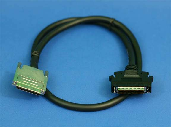 3FT SCSI-V VHDCI68-M 0.8mm TS to SCSI-II HPDB50-M LATCH