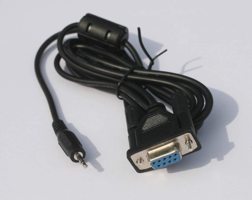 2.5mm to DB9F Cable 6FT