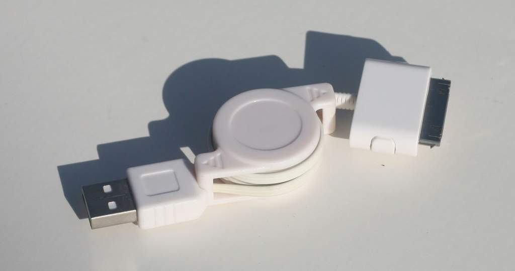 Apple iPod USB Data Retractable Cable